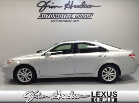 2012 Lexus ES 350 Navigation System  Intuitive Parking Assist  Heated and Ventilated Front Seats